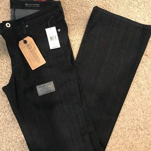 NEW AG Mid-Rise Angel boot fit jeans